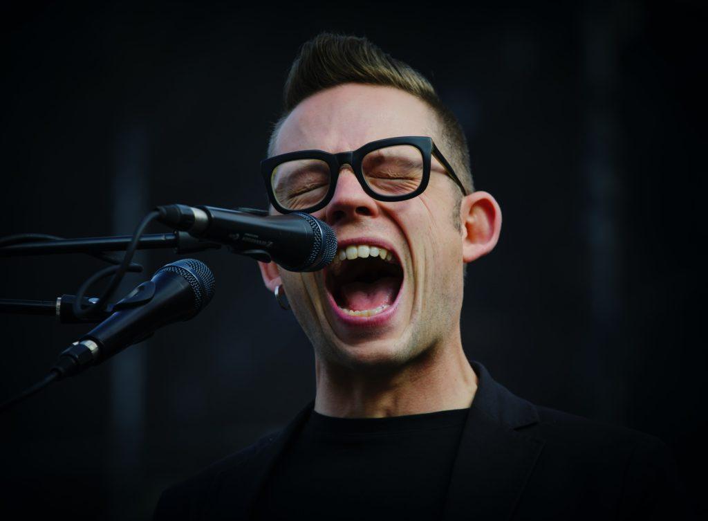 artysta śpiewający